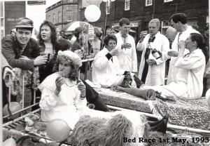 Archive 1997-99  18 Bed Race May 93