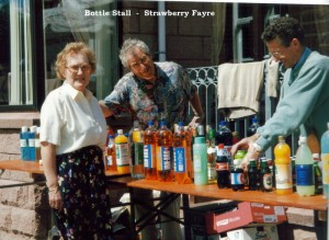 Archive 1997-99  36 Bottle Stall