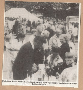 Archive 1997-99  55 Strawberry Fayre crowd